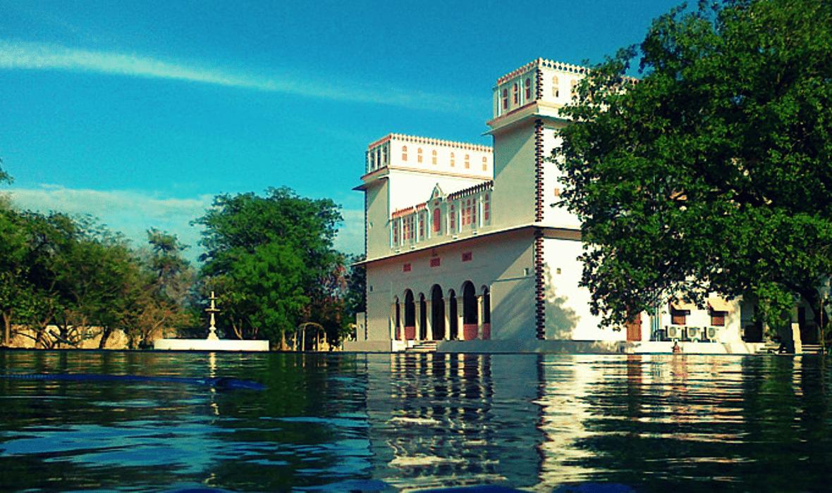 Bijay Niwas Palace Hotel