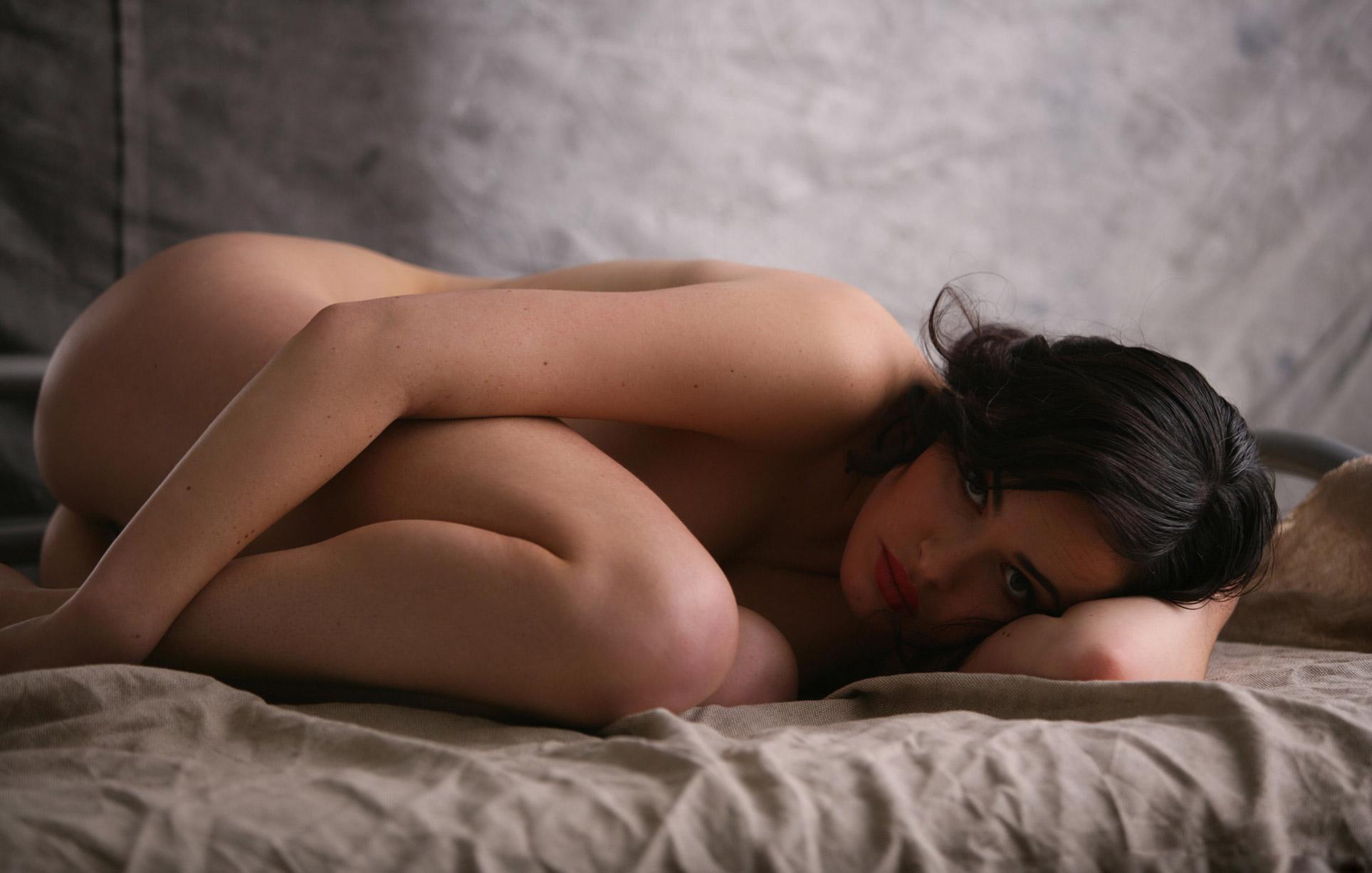 Сексуальная Девушка месяца украинского Playboy Даша Астафьева / фото 01