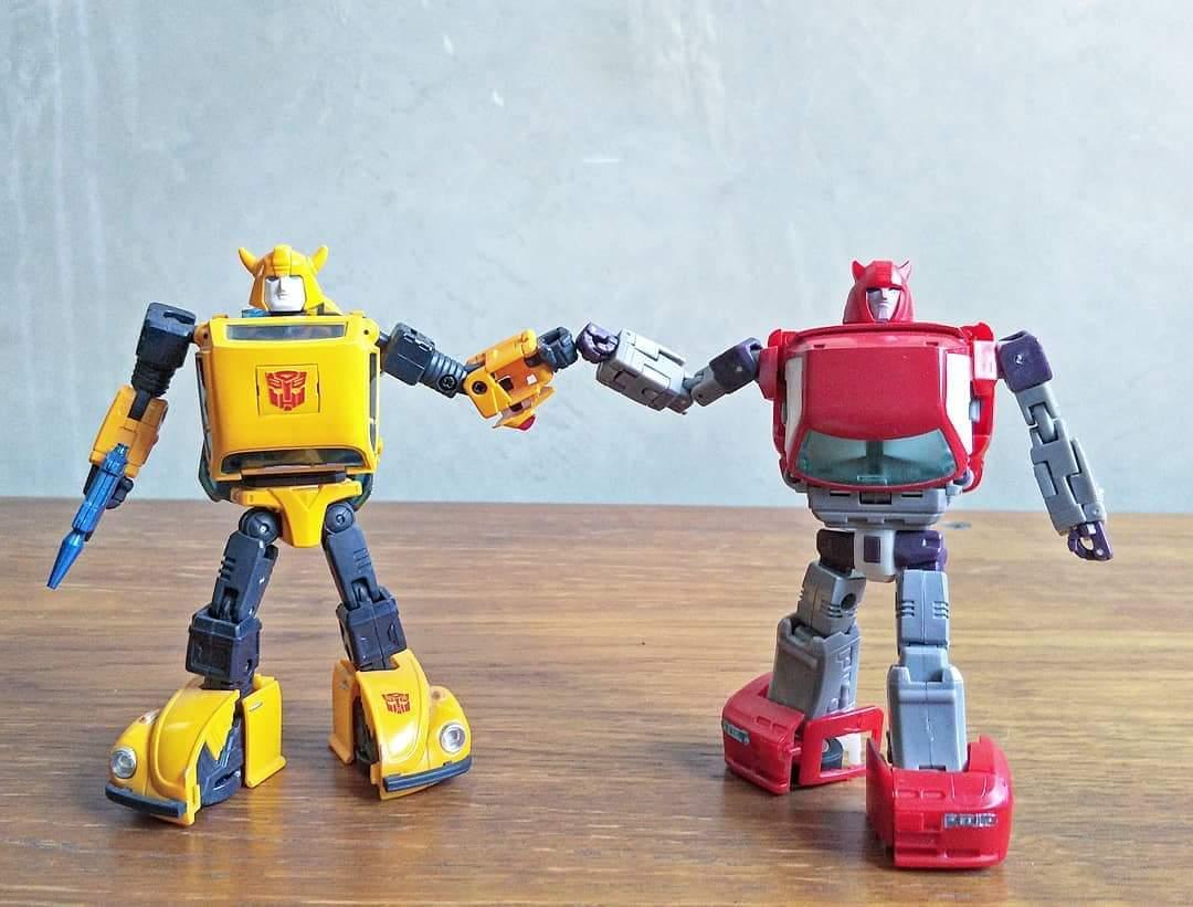[Ocular Max] Produit Tiers - Minibots MP - PS-09 Hellion (aka Cliffjumper/Matamore), PS-11 Omne - (aka Cosmos) - Page 2 M9sPgFWQ_o