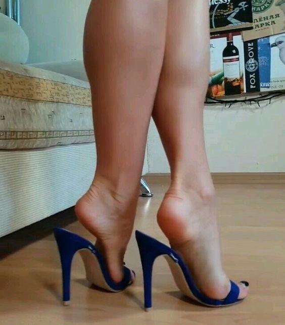 Sexy women feet porn-6533
