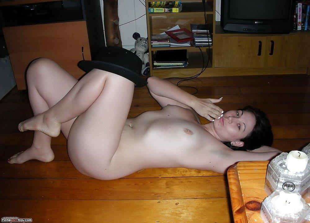 Brunette wife naked-3493