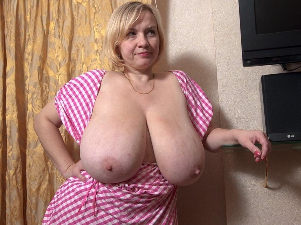 Free big tit mature pics-7177