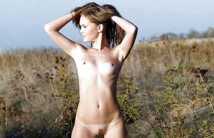 Hot naked young ladies-7116