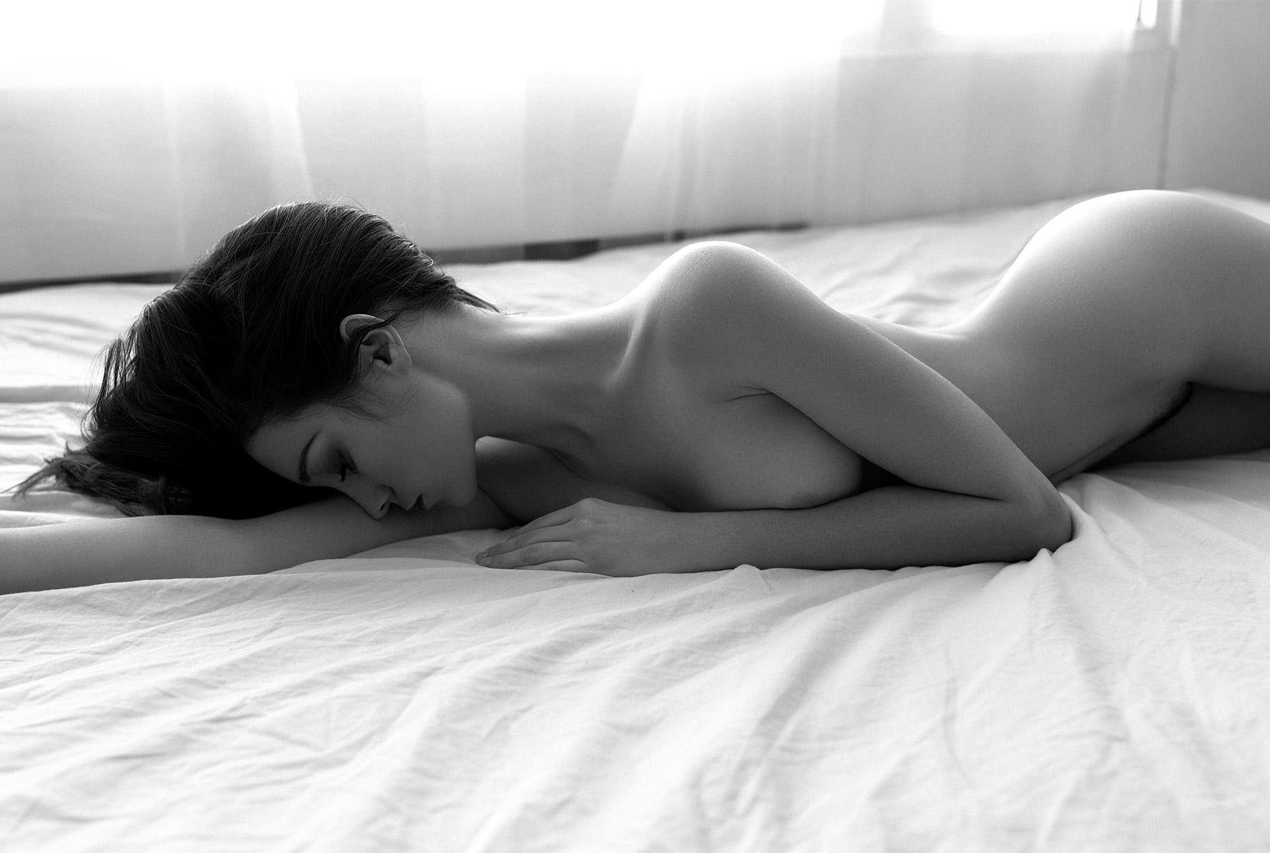сексуальные голые девушки на снимках фотографа Бенджамина Вингрифа / фото 13