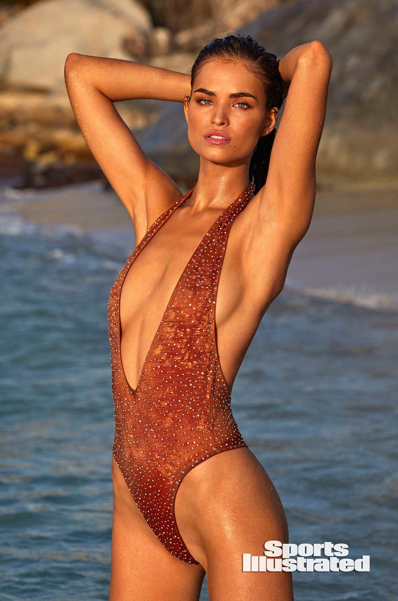Робин Хольцкен в каталоге купальников Sports Illustrated Swimsuit 2020 / фото 22