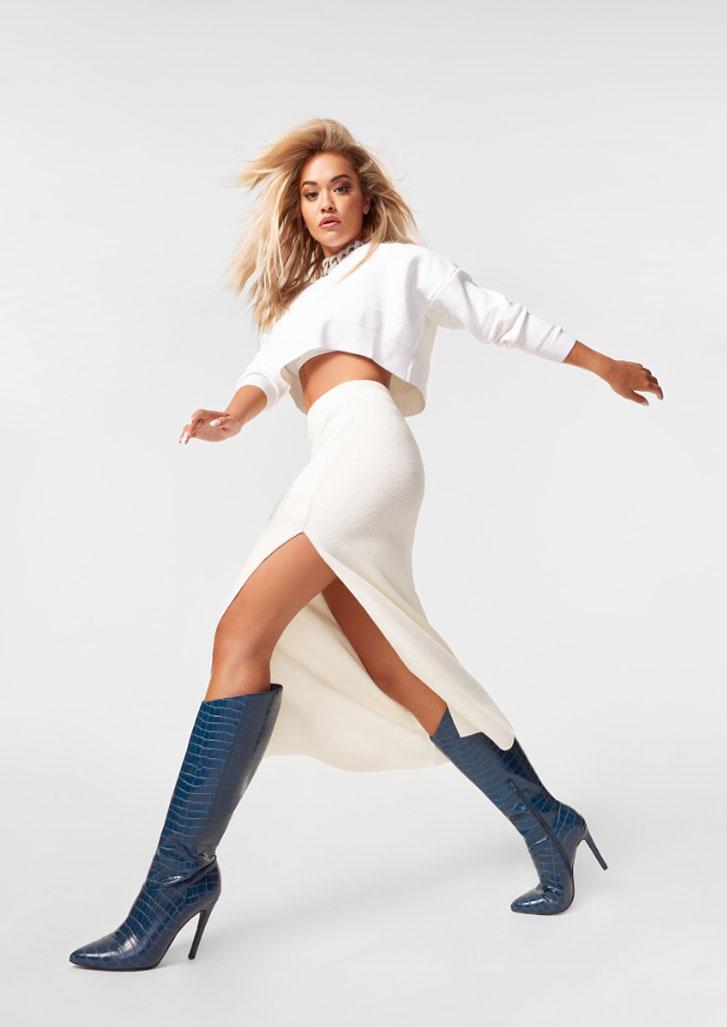 Рита Ора в обуви модного бренда ShoeDazzle, сезон 2020 / фото 07