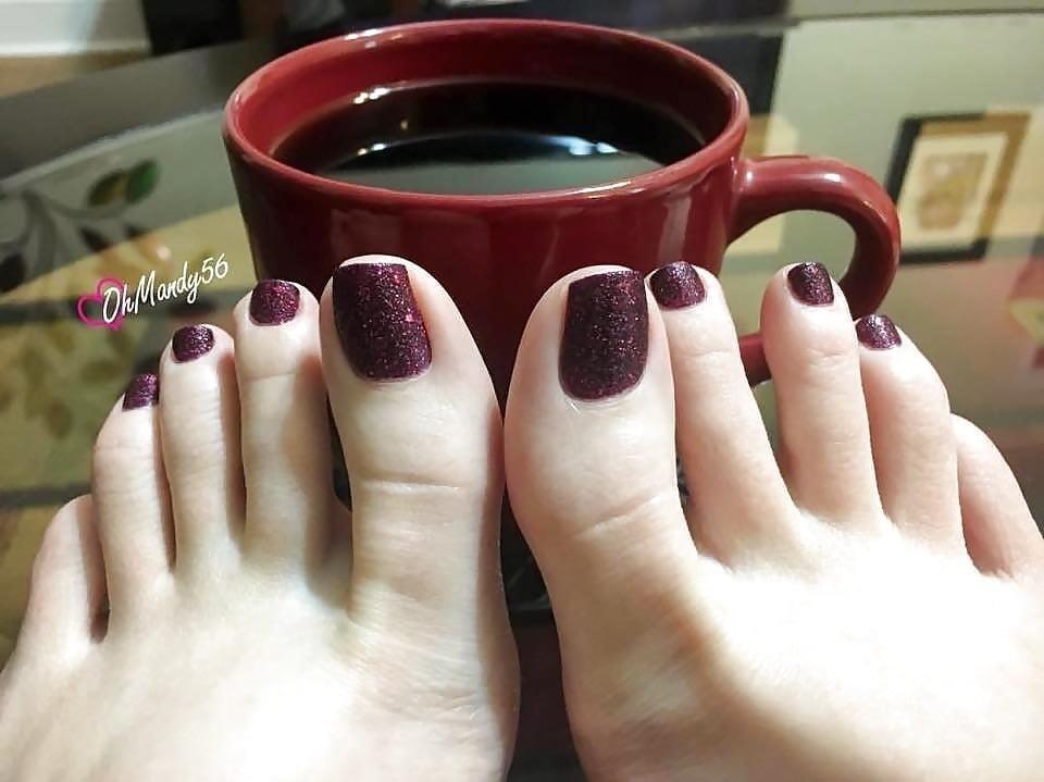 Arab foot slave-6302
