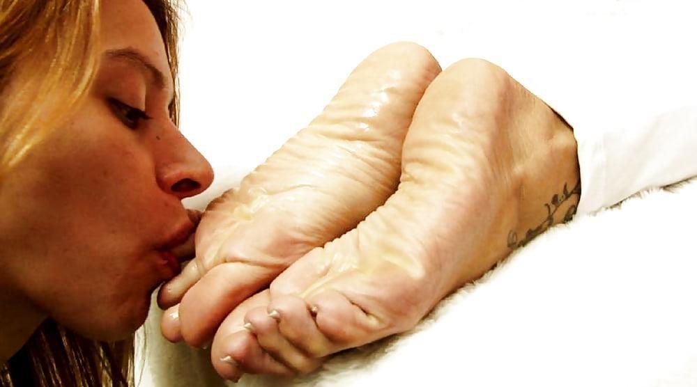 Worship feet xxx-2236