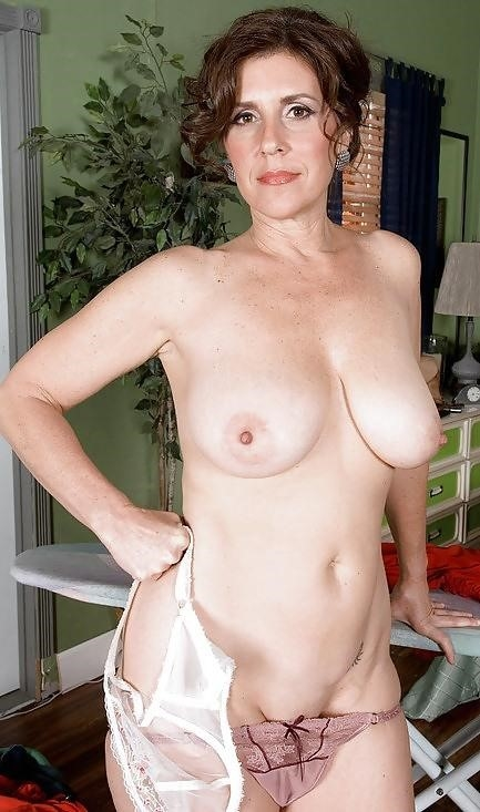 Real mature nudes-5389