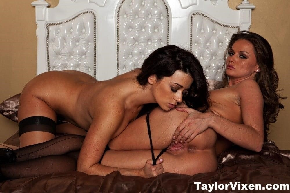 Black lesbian pics porn-2462