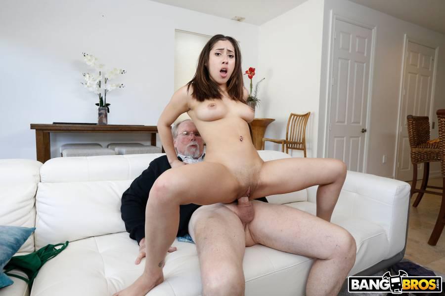 Kira Perez, Jack Moore – Kira Gets Pounded By Grandpa – BangBros 18 – BangBros
