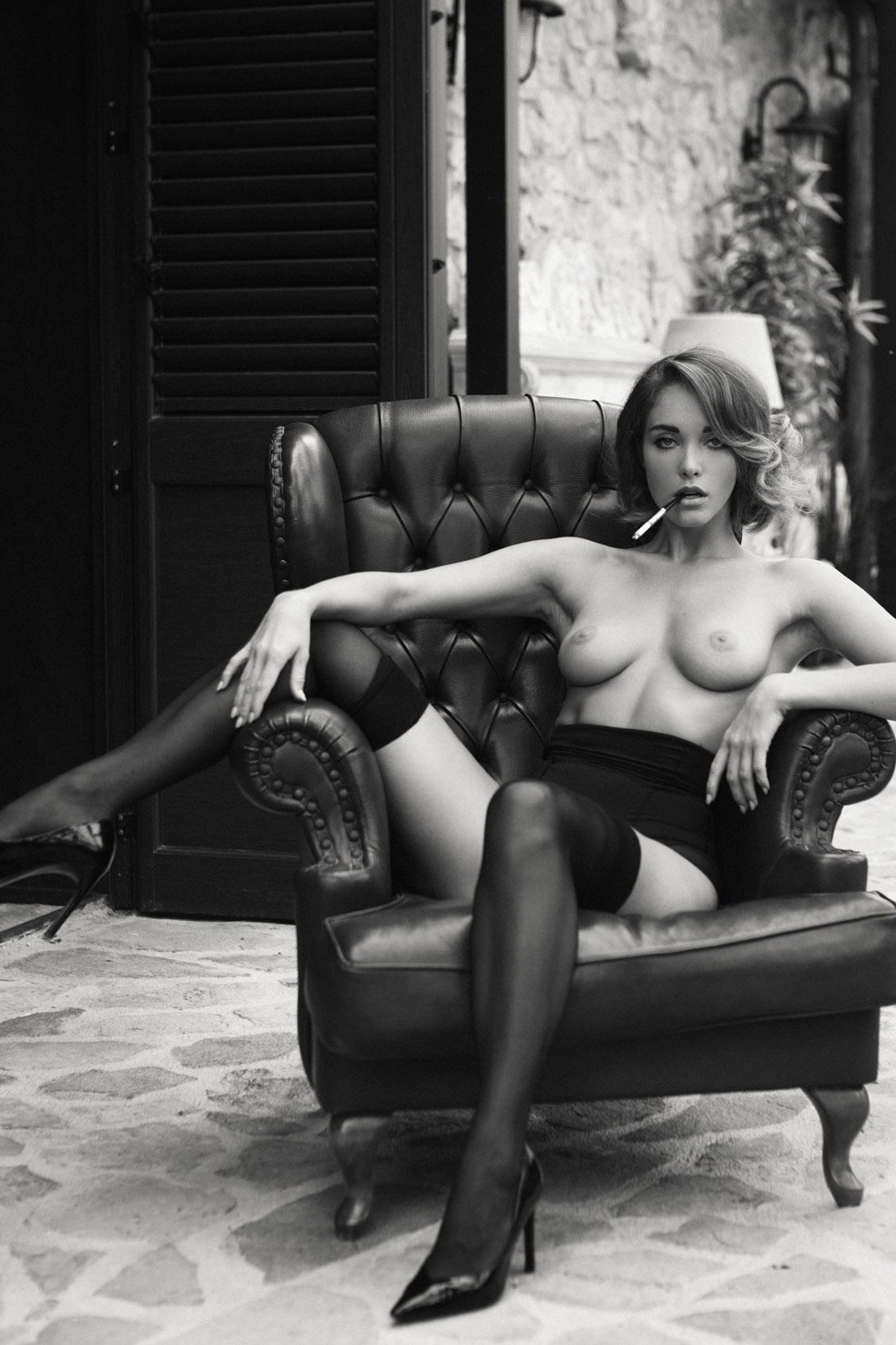 Private Retreat / Viktoria Yarova by Hannes Walendy / Yume Magazine