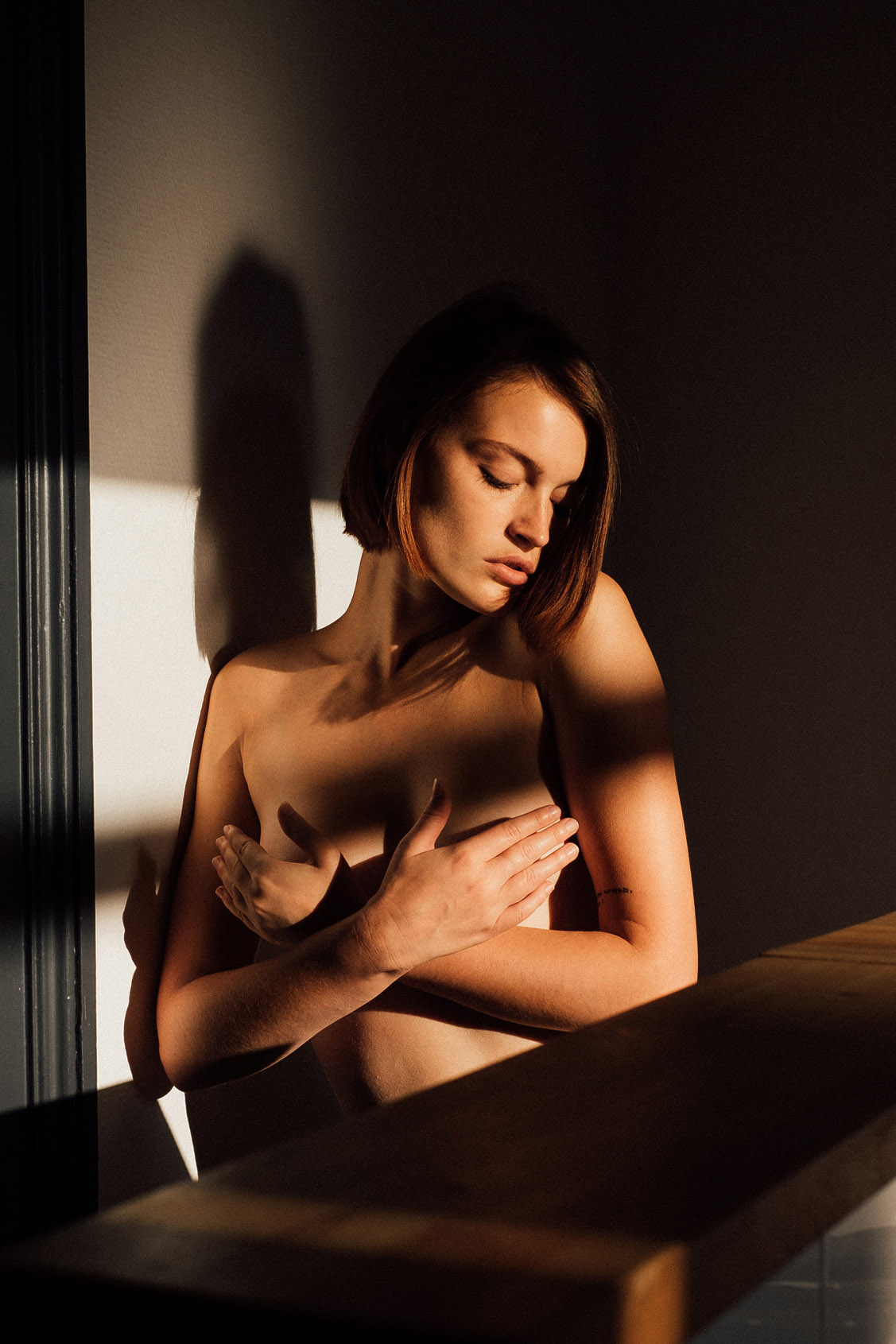 Morning Shadows / Mathilde Wnr by Julien LRVR / Yume Magazine