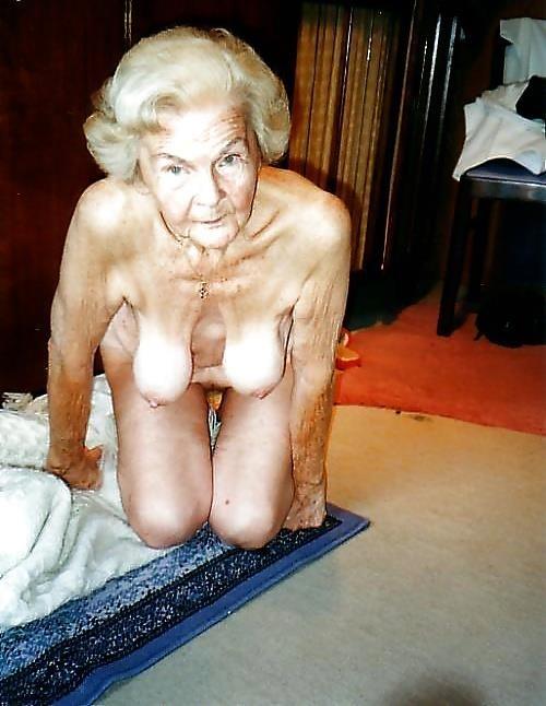 Older women nude beach-2060