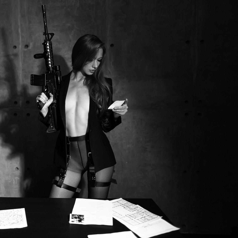 Сексуальный секретный агент во вражеском штабе / фото 15