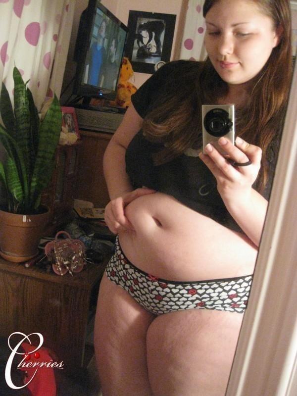 Naked fat girl selfies-7129