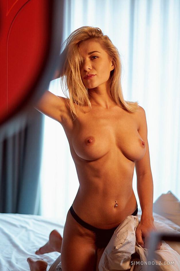 Голая и сексуальная Даша Литвин / фото 04