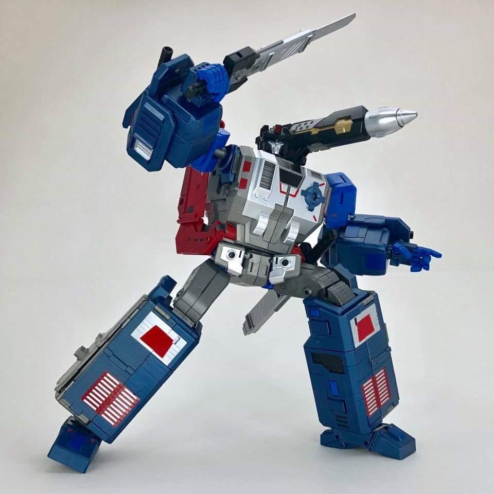 [FansHobby] Produit Tiers - MB-06 Power Baser (aka Powermaster Optimus) + MB-11 God Armour (aka Godbomber) - TF Masterforce - Page 4 G2NwlAaZ_o