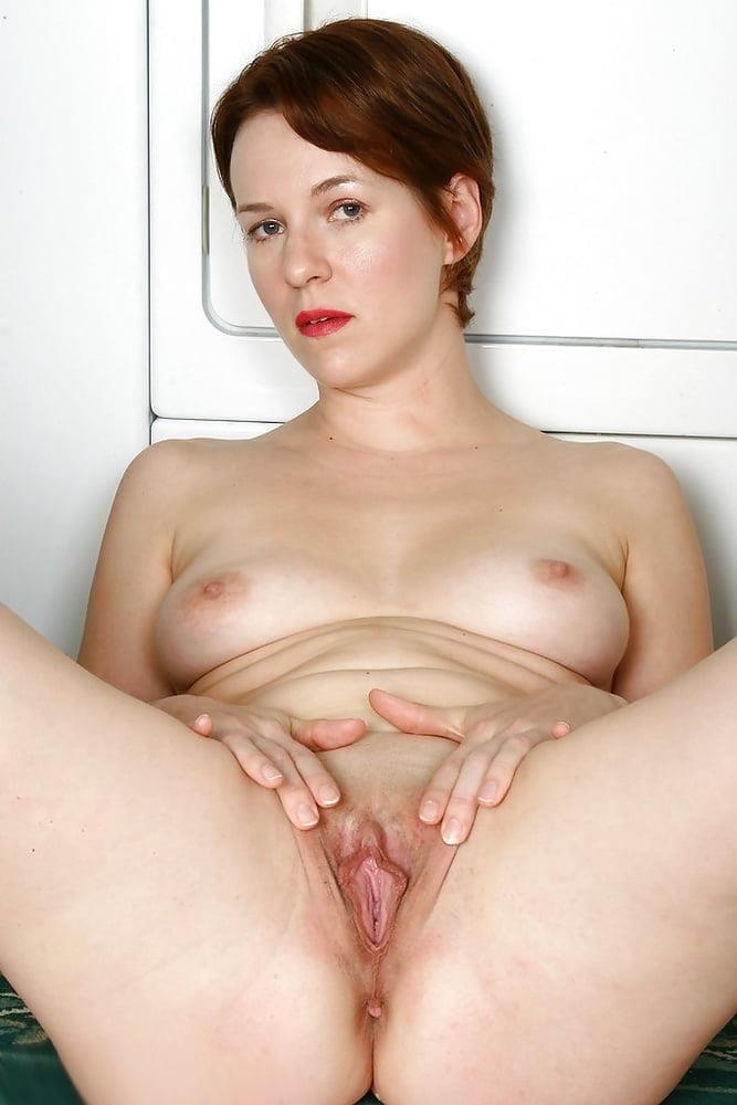 Free busty milf porn pics-8786