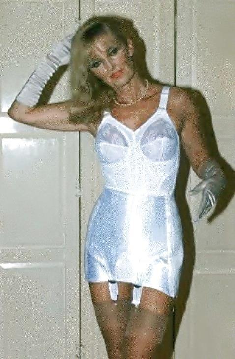 Mature women in girdles pics-3584