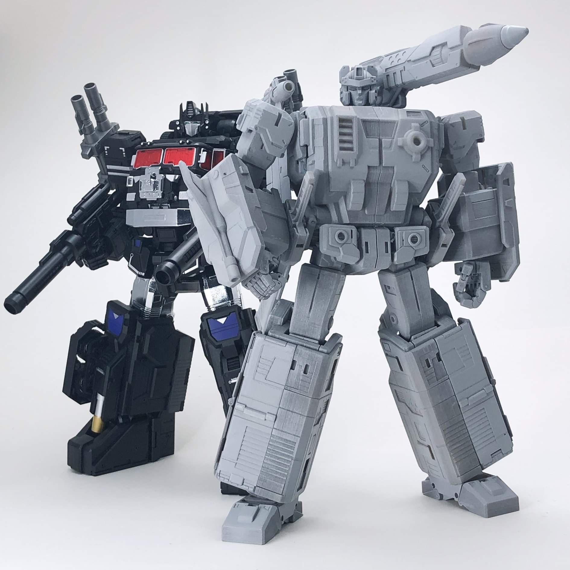 [FansHobby] Produit Tiers - MB-06 Power Baser (aka Powermaster Optimus) + MB-11 God Armour (aka Godbomber) - TF Masterforce - Page 3 MpmMOnGa_o