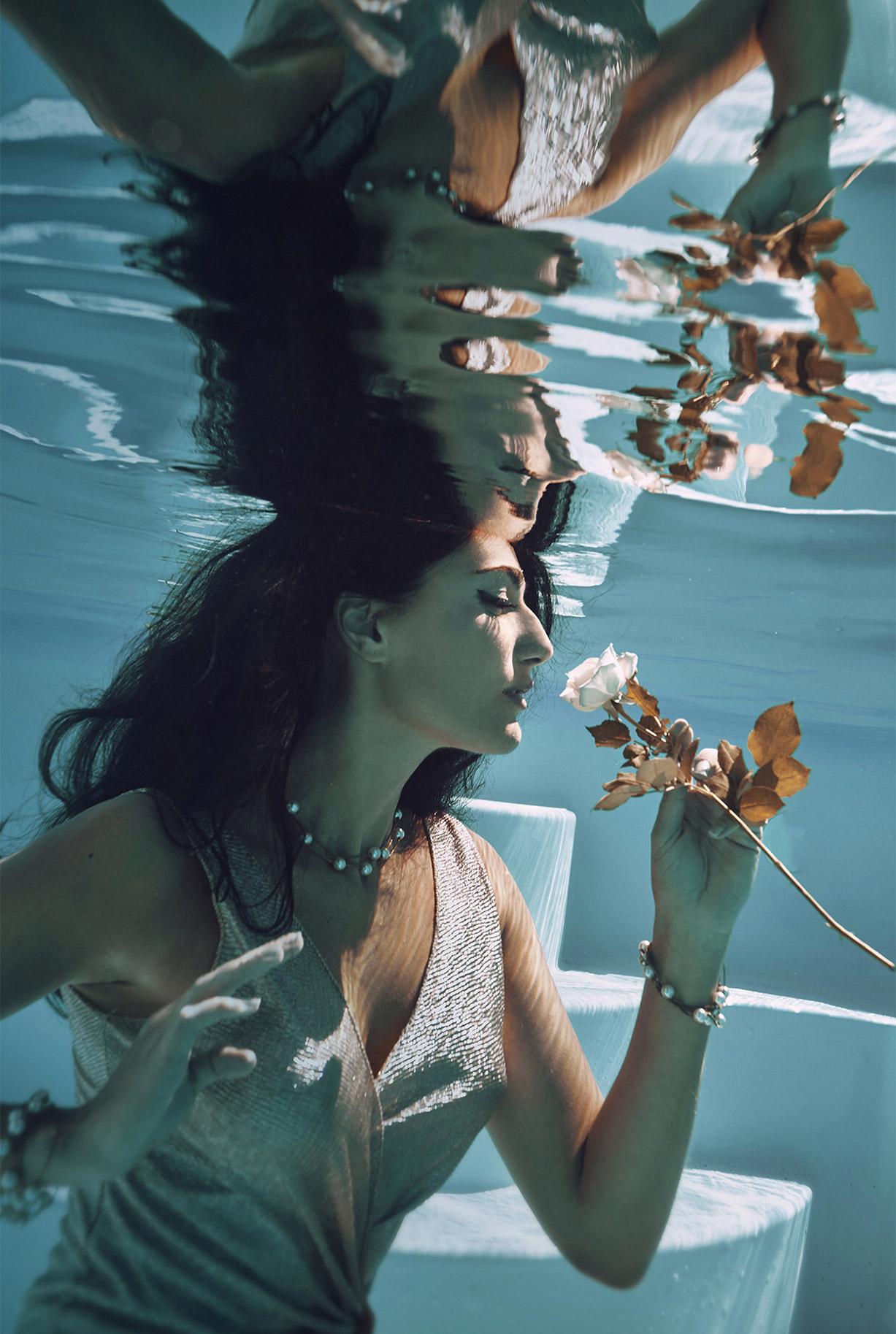 Ольга Джарти под водой / фото 08