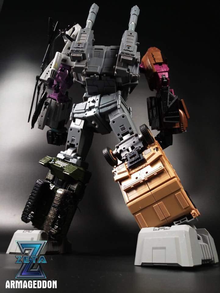 [Zeta Toys] Produit Tiers - Armageddon (ZA-01 à ZA-05) - ZA-06 Bruticon - ZA-07 Bruticon ― aka Bruticus (Studio OX, couleurs G1, métallique) - Page 4 GdH8iFCp_o