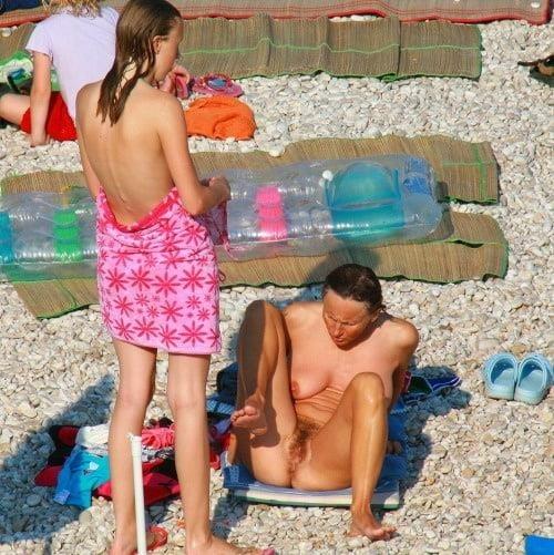 Hot girls naked at beach-8119
