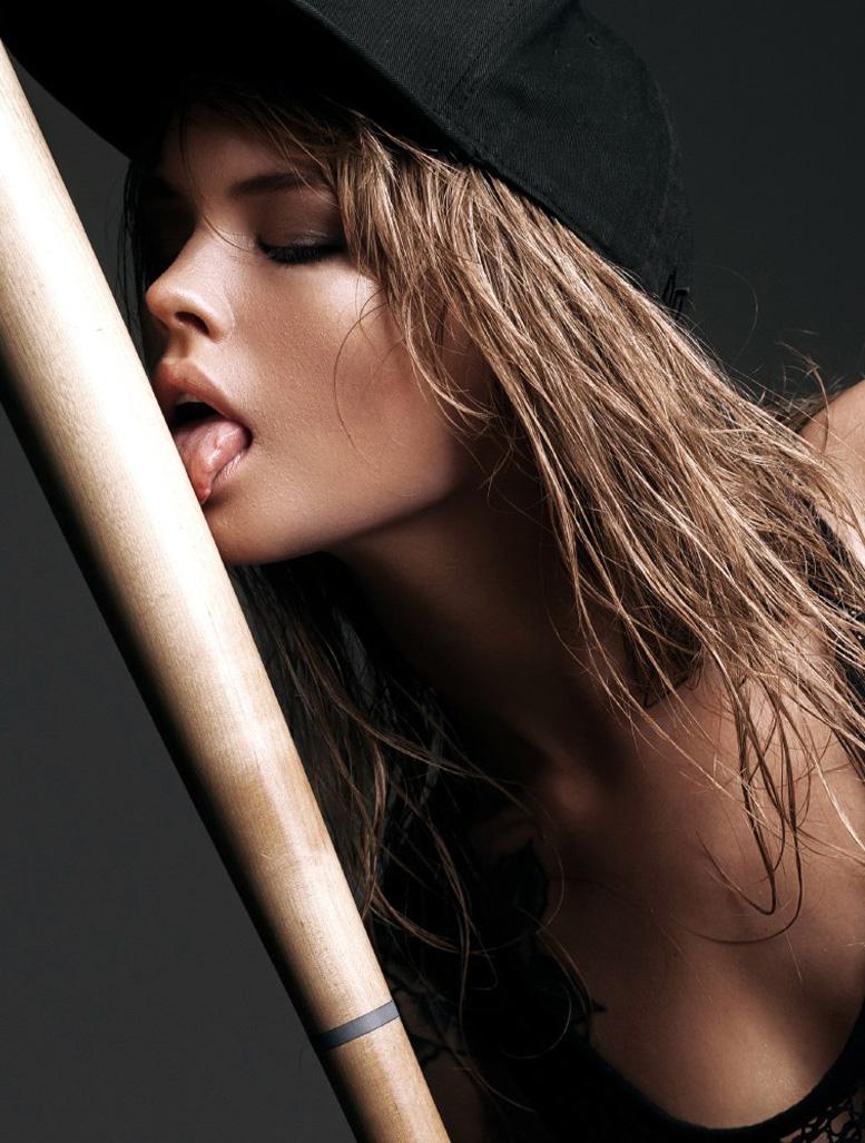 Спортивная и сексуальная Анастасия Щеглова / Anastasiya Scheglova by Maksim Serikow / Awake Magazine