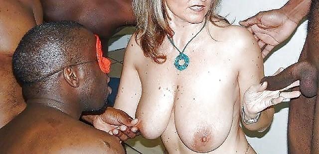 Tits black and white-4974