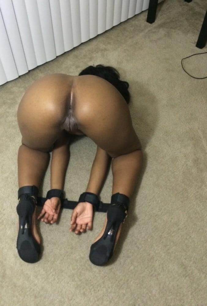 Ebony milf nude pictures-3240