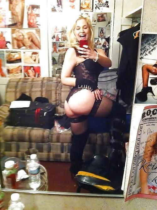 Sarah vandella naked selfie-1366