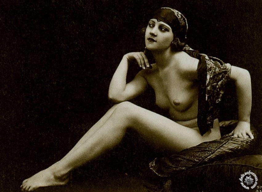 Vintage hairy nude-1317