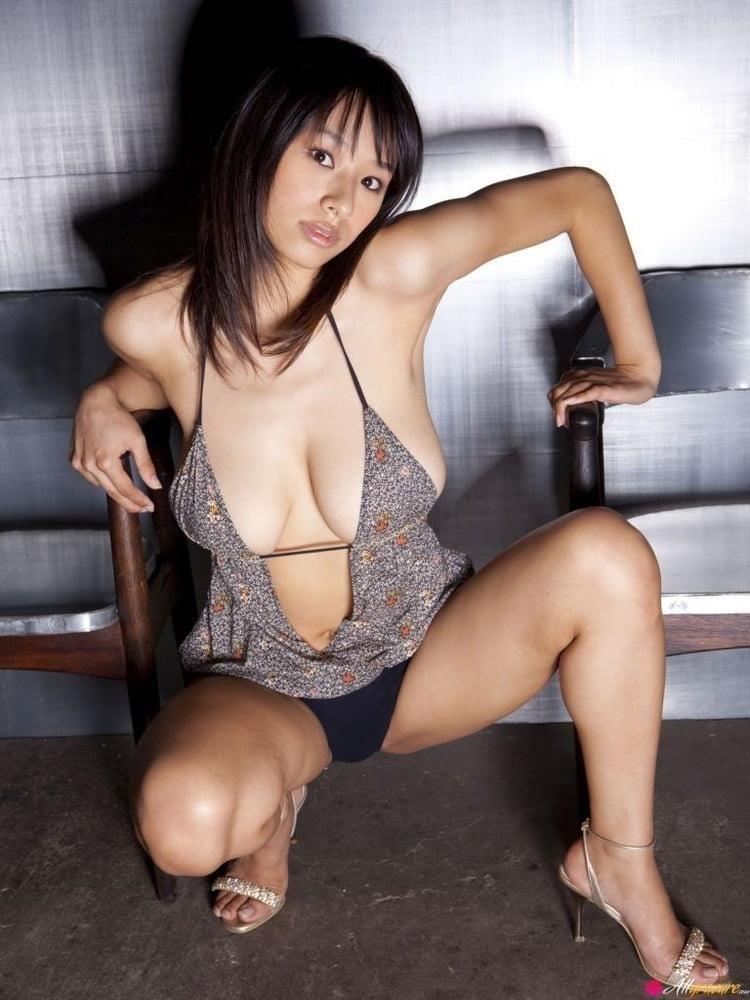 Public tits porn-7294