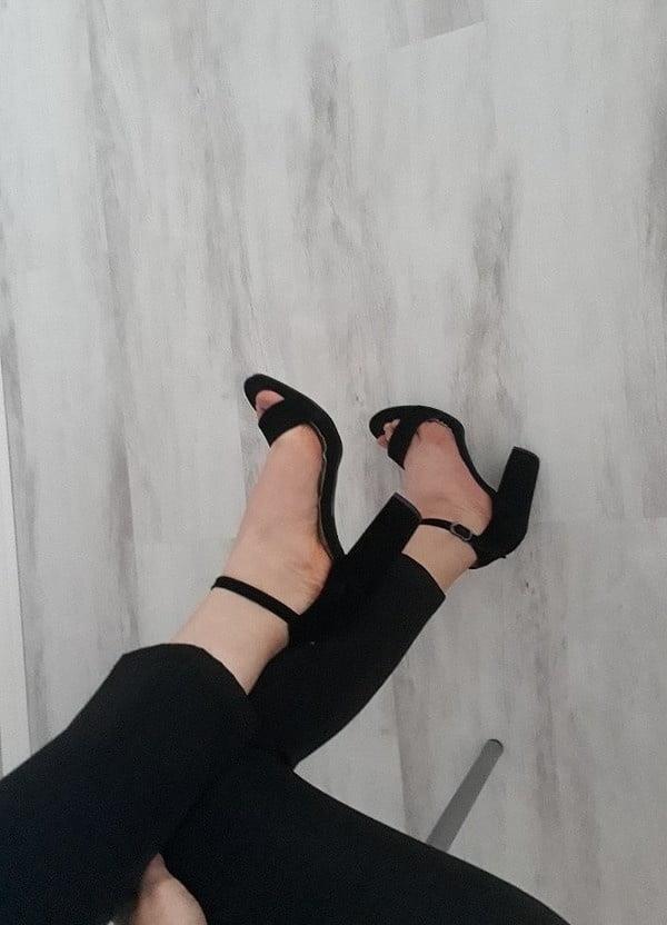 Feet fetish cam-4704