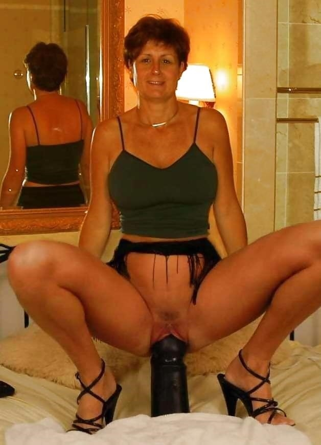 Milf fisting pictures-9524