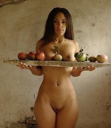 Black curvy nude women-7961