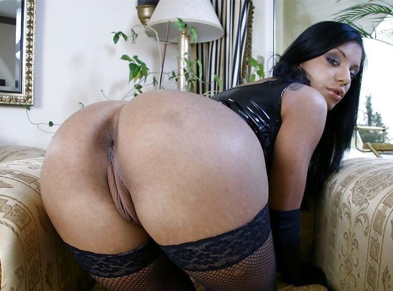 The big black booty-2998
