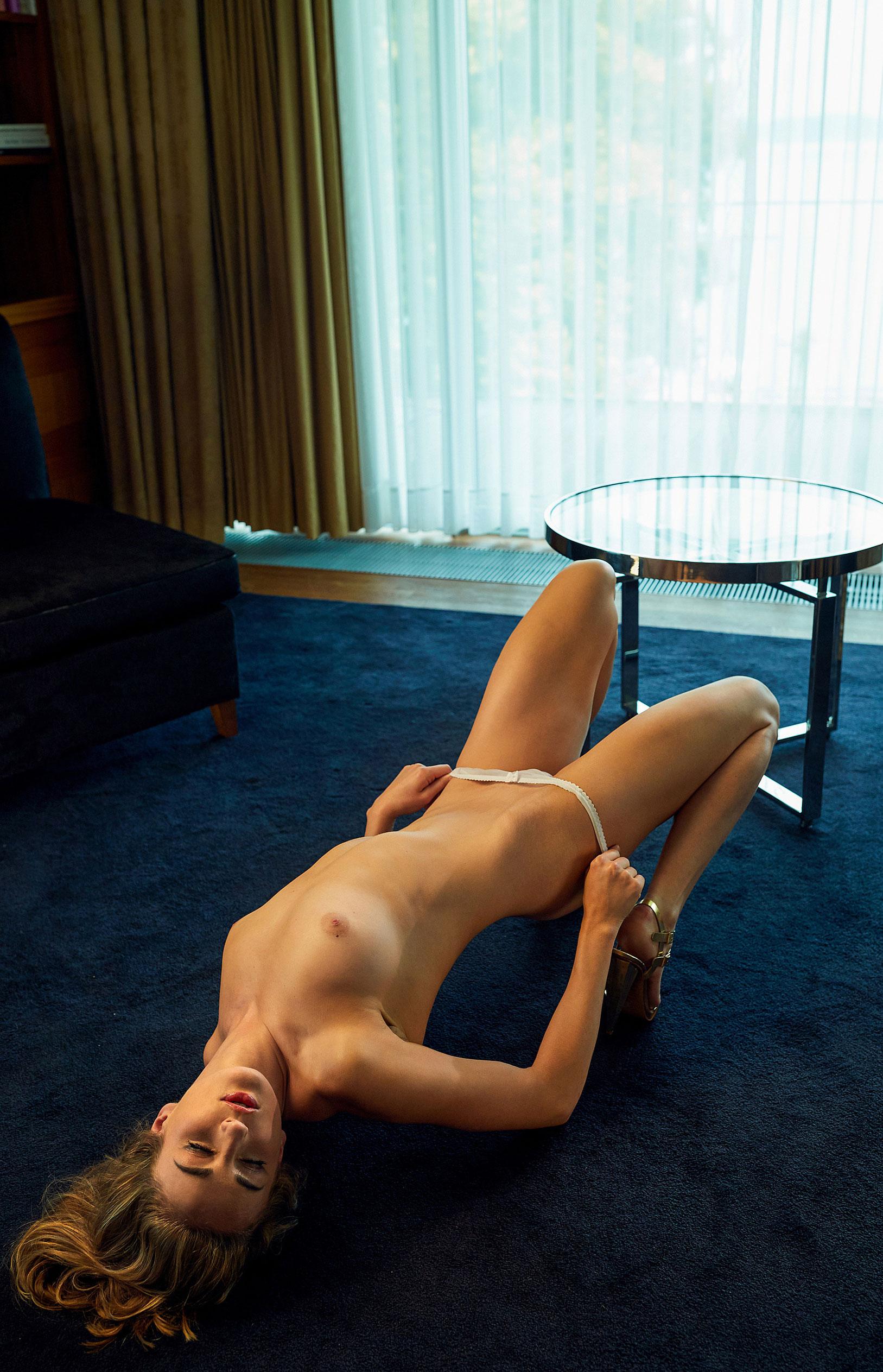 пловчиха Елена Кравцова в журнале Playboy Германия, октябрь 2020 / фото 03