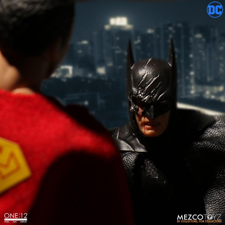 """Sovereign Knight Batman - One 12"""" (Mezco Toys) VhahyjOl_o"""