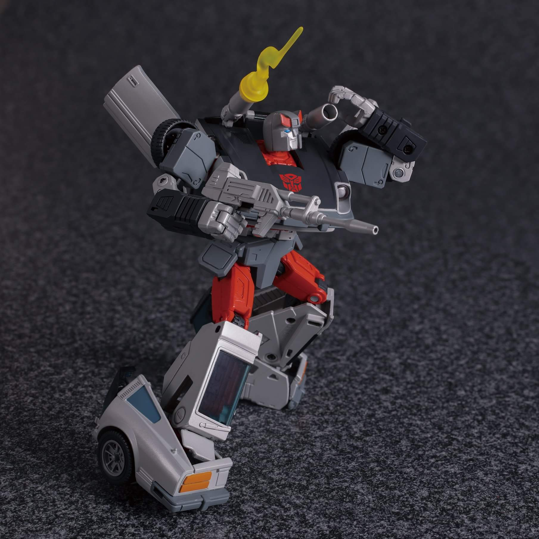 [Masterpiece] MP-18 Bluestreak/Jaseur - Page 3 06M3Owlg_o