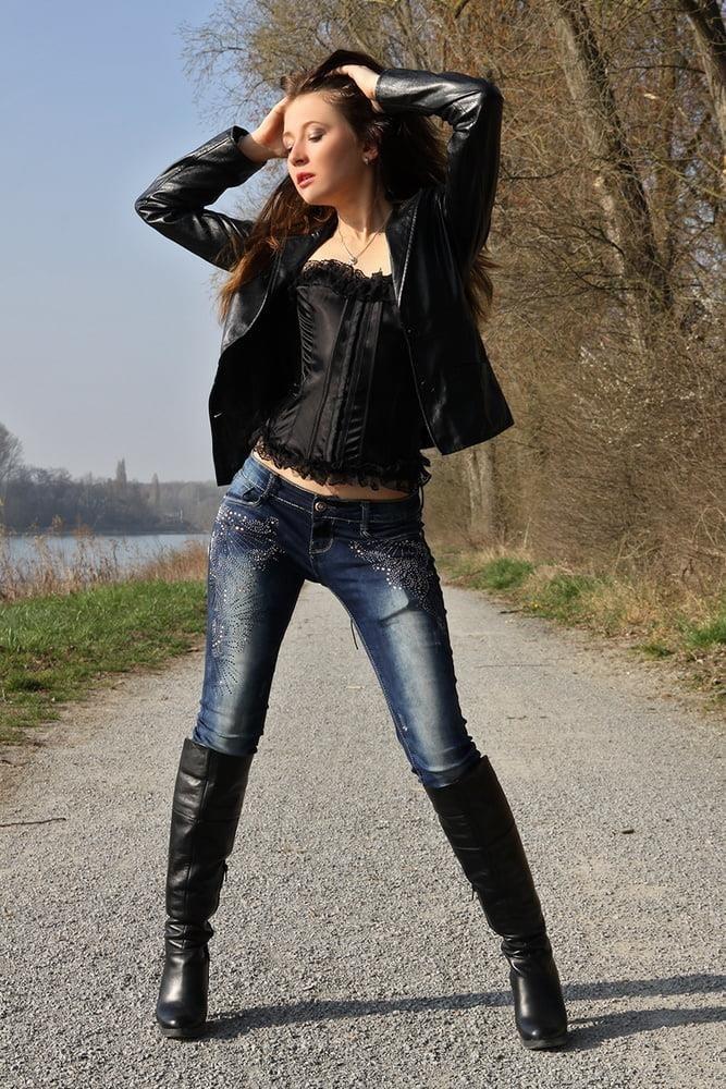 Divided jean jacket-7234