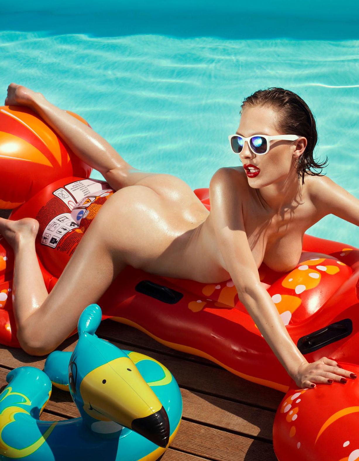Каприс Кастильо в спецвыпуске журнала Playboy -Девушки летом- / фото 08