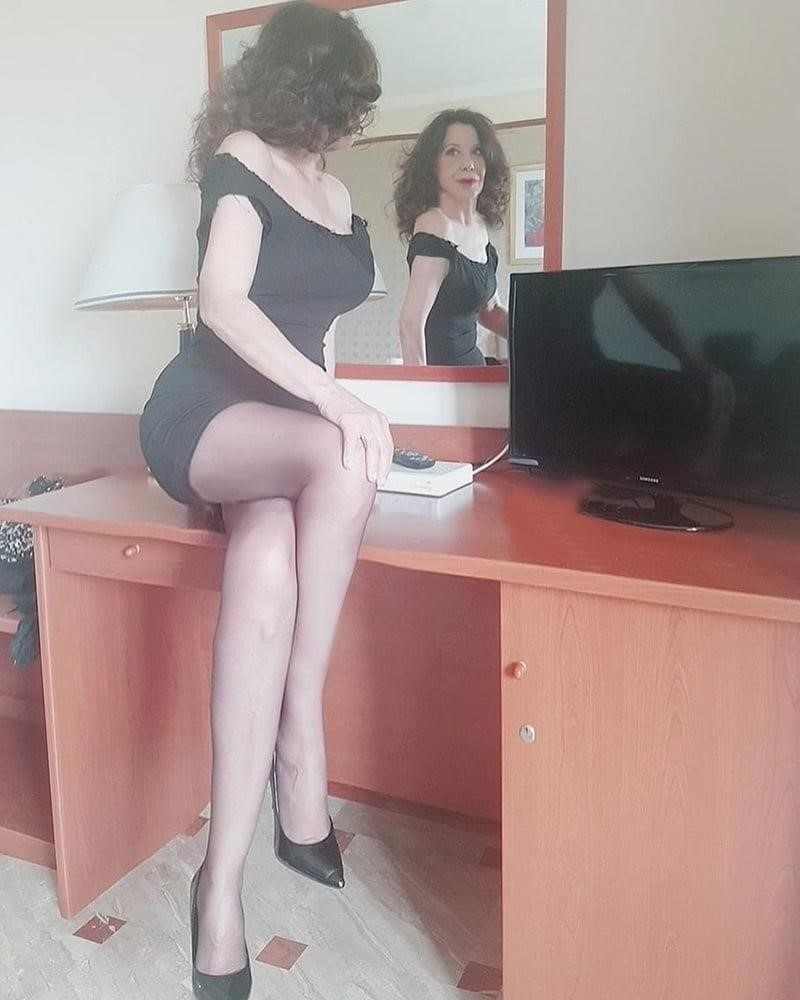 Elegant mature pics-9399