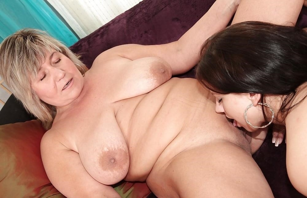 Young and old lesbian pictures-4611