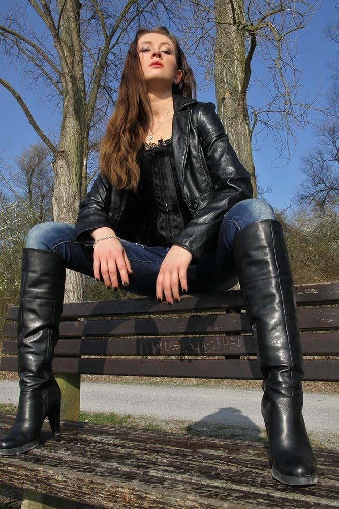 Divided jean jacket-2406