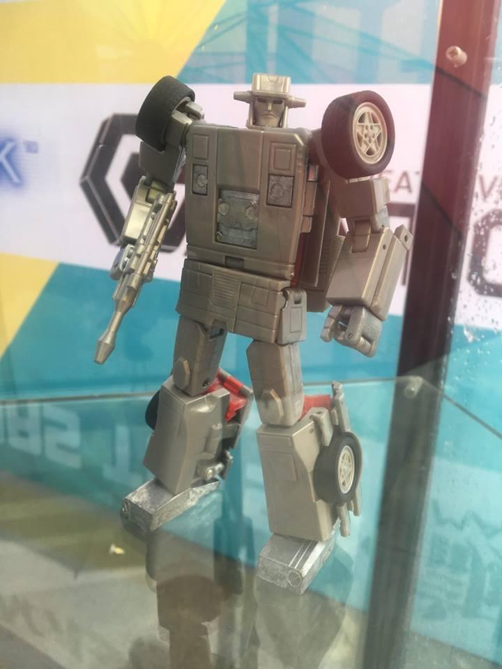 [X-Transbots] Produit Tiers - Jouets Berserkars forme Monolith (MX-XIII à MX-VII) - aka Stunticons forme Menasor/Menaseur LjZw0AXX_o