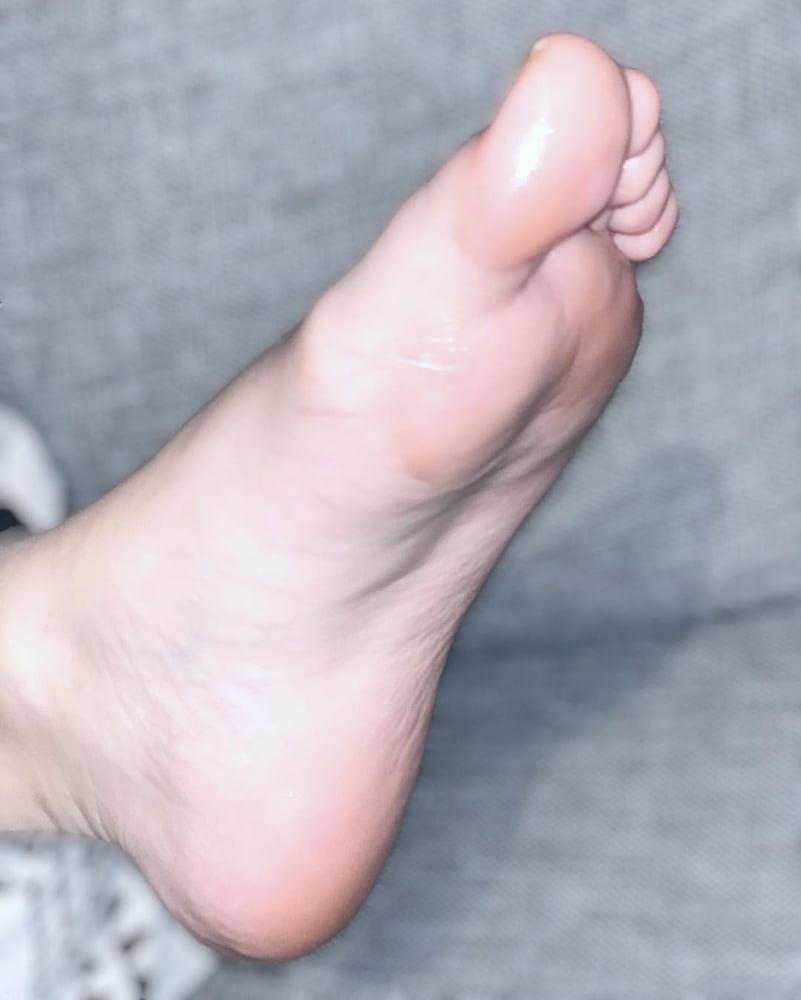 Iranian feet fetish-8942