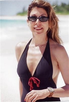Beautiful mature women in bikinis-8874