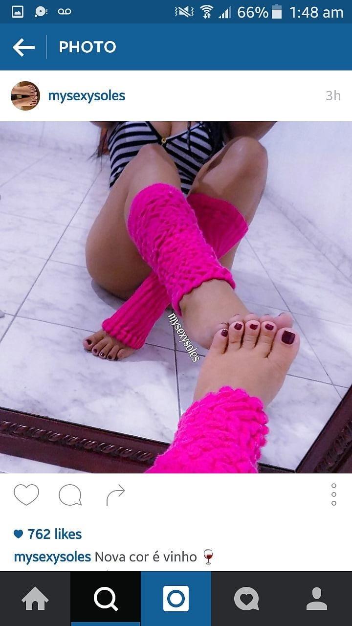 Sexy feet woman-8383
